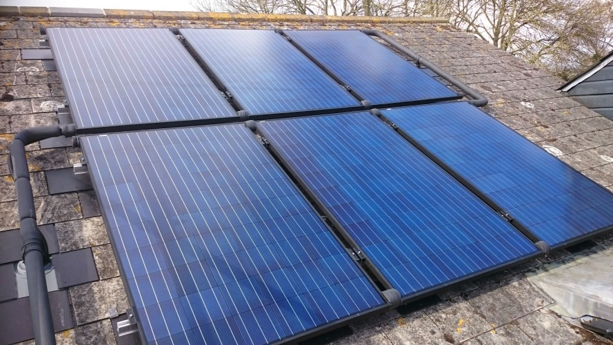 35 Parkwood - solar pvt panels